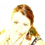 Yasmina Kissing you3